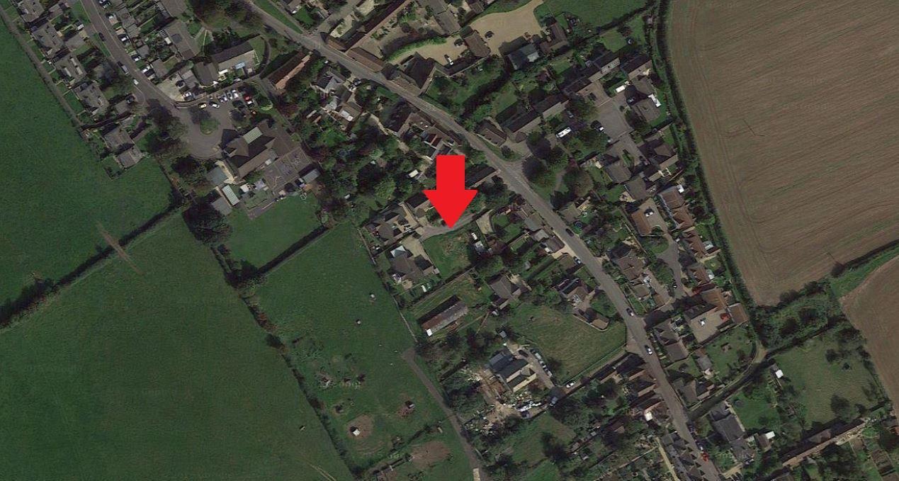 3 Bedrooms Bungalow for sale in Kington St Michael, Chippenham